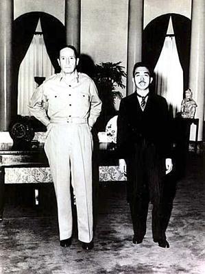 postwar macarthur and hirohito 1.jpg